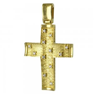 Σταυρός σαγρέ διπλής όψης από χρυσό 14Κ σε ιδιαίτερο φινίρισμα και λευκά ζιργκόν ή διάτρητο διακοσμητικό πλέγμα. Συνδυάστε τον με τις προτεινόμενες αλυσίδες.