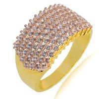 Δαχτυλίδι ολόπετρο χρυσό 14Κ σε πλακέ σχέδιο. Έχει φαρδιά επιφάνεια, διακοσμημένη ολόκληρη με λευκά ζιργκόν.