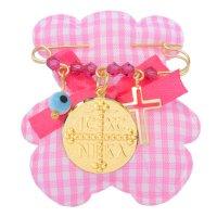 Φυλαχτό ασημένιο 925 επίχρυσο για κοριτσάκι. Είναι διακοσμημένη με στρογγυλό κωνσταντινάτο, ματάκι, σταυρουδάκι και όμορφες ροζ πέτρες.